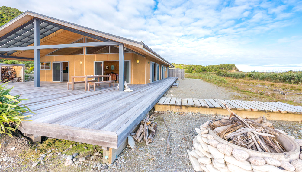 Seaside accommodation Punakaiki West coast NZ